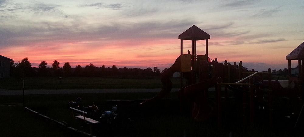 Pejuhutazizi Sunset